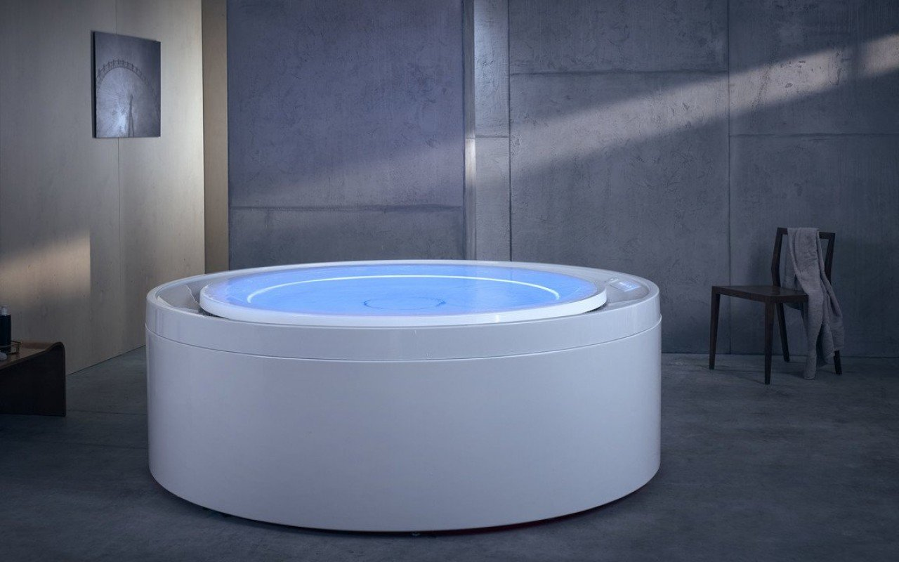 Aquatica Fusion Rondo HydroRelax āra/iekštelpu vanna ar sprauslām (ASV versija 240V/50/60Hz) picture № 0
