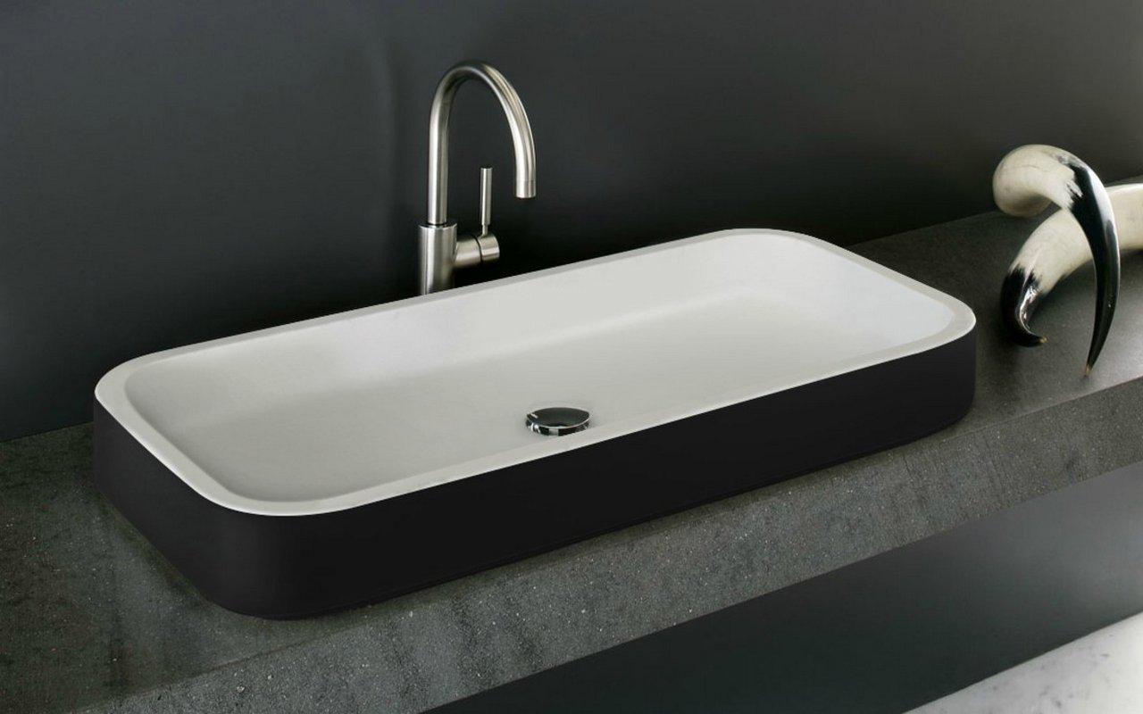 Aquatica Solace-B-Blck-Wht kantaina, akmens, uz virsmas uzstādāma vannasistabas izlietne, melnbalta picture № 0