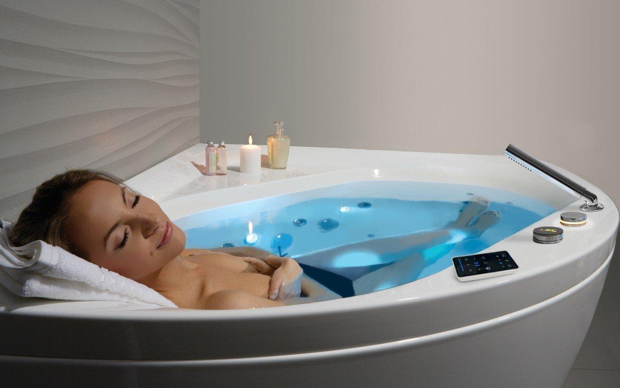 Aquatica Olivia balta stūra akrila hidromasāžas vanna picture № 0