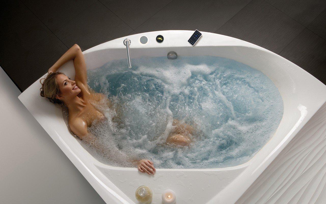 Aquatica Olivia-B balta stūra akrila hidromasāžas vanna picture № 0